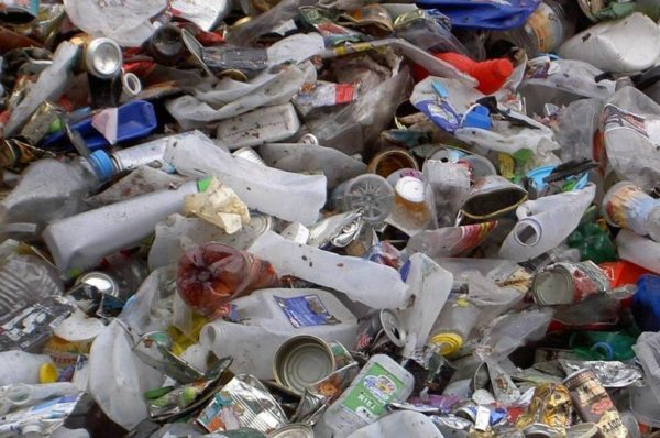 Recycling  plastic waste into building materials